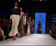 LFW Day 3 - Vasundhara, Armaan Aiman, Stephany Dsouza, Urvashi Joneja Show