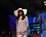 LFW Day 4 - Monisha Jaising Show