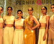 Birthday Girl Sonam Turns Show Stopper For Pernia Fashion Show