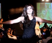 Kriti Sanon Rocking A Little Black Dress At USPL Fashion Show