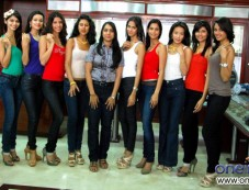 Femina Miss India 2012 Finalists Photos