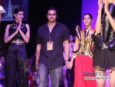 Swapnil Shinde Show Photos