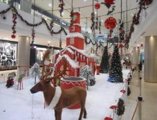 Christmas Decor At Phoenix Marketcity Bangalore Photos