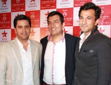 Kunal Kapoor, Sanjeev Kapoor and Vikas Khanna Photos
