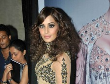 Bipasha Basu at Announcement of IRFW and India Fashion Awards Photos