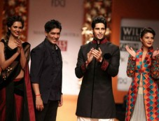 Manish Malhotra's Kashmiri Collection At WIFW Photos