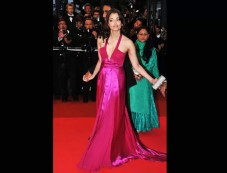 Ash In Pink Gown With Plunging Neckline Photos