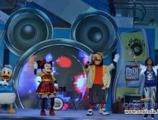 Celebs attend Disney Magic rock show Photos