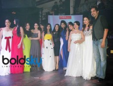 Sonalika Pradhan Fashion Show At Gitanjali Fashion nights Photos