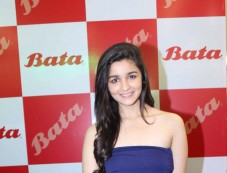 Alia Bhatt at Bata India's Largest Store Launch Photos