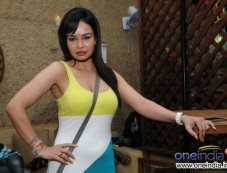 Kavitta Verma during launch of Cafe B9 Photos