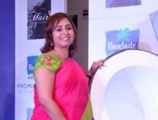 Chitrangada Singh launches of Dr Aparna Santhanam's book Let's talk Hair Photos
