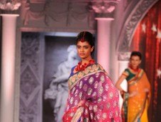 Rajguru Rise, a New Rise In Fashion Photos