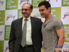 Mr. Adi Godrej, Chairman Godrej Group, with Aamir Khan, Godrej Group brand ambassador Photos