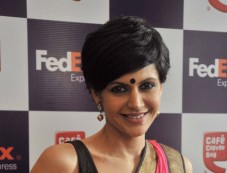 Mandira Bedi Launch the FedEx's Rakhi special offer in Mumbai Photos