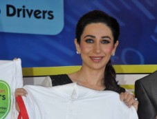 Karisma Kapoor at the launch of Driver's Day campaign Photos