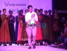 Shravan Kumar Show Photos