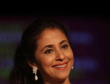 Urmila Matondkar walks the ramp at LFW Winter/Festive 2013 Day 01 Photos