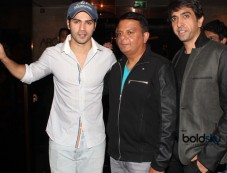 Varun Dhawan launches PUMPSTART DVD Photos