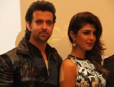 Hrithik Roshan and Priyanka Chopra a Krrish 3 film promotion at Dubai Photos