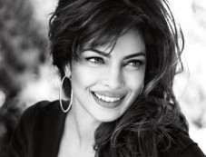 Priyanka Chopra becomes Ambassador for Guess Photos