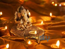Why Lakshmi and Ganesha Are Worshipped Together Photos