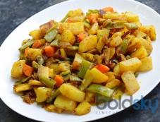 Crisp Aloo With Green Beans Recipe Photos