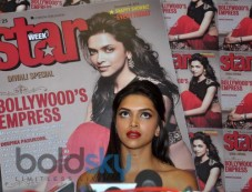 Deepika Padukone speaks to media at Star Week Event Photos
