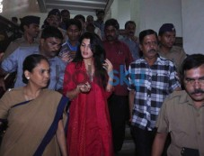 Jacqueline Fernandez at arrival to meets Mayor Sunil Prabhu Photos
