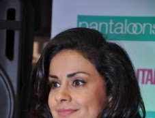 Gul Panag launches Pantaloons Women's Wednesday Photos