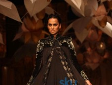 IBFW 2013 Rohit Bal Show Photos