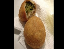 Matar Ki Kachori Recipe For Breakfast Photos