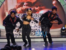 Mouni Roy dance show NDTV Our Girl Our Pride Campaign Photos