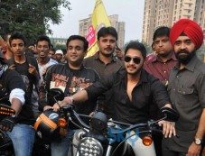 Shreyas Talpade Flag off Harley Davidson bike rally Photos