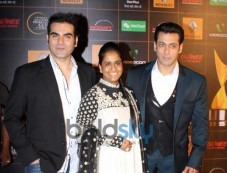 Salman Khan and Arbaaz Khan stuns at  Star Guild Awards Photos