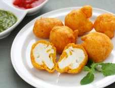 Crisp And Tasty Gobi Pakora Recipe Photos