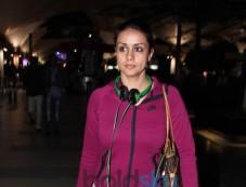 Gul Panag Snapped at Airport Photos