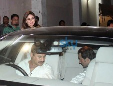 kareena kapoor khan snapped at Mehbob Studio Photos