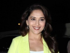 Madhuri Dixit Looks beautifull during Dedh Ishqiya Promtion Photos