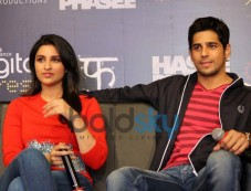 Parineeti Chopra with Siddharth Malhotra at mobile app launch Photos