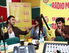 Priyanka Chopra Looking Beautiful at Radio Mirchi Photos