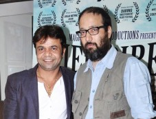 Rajpal Yadav and Vivek Budakoti at film promotional Photos