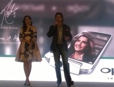 Sonam Kapoor and Hrithik Roshan launch OPPO mobile Photos
