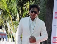 Bollywood celebs stuns at Mahalaxmi Race Course Photos