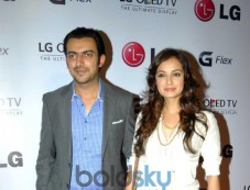 Dia Mirza and Sahil Sangha at Atul kasbekar's photo Exhibition Photos