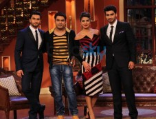 Gundey star cast at Comidy Nights with Kapil show Photos