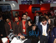 Sameera Reddy unveils the superbikeVardenchi at Auto Expo 2014 Photos