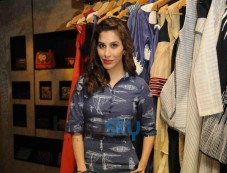 Sophie Choudry at Aparna Badlani & Azmina Rahimtoola Summer Preview Photos