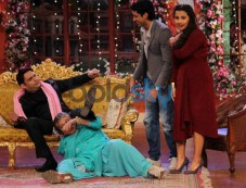 Vidya Balan at Comidy Nights with Kapil Photos