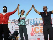 Abhishek Bachchan at DNA I Can Women's Half Marathon 2014 Photos
